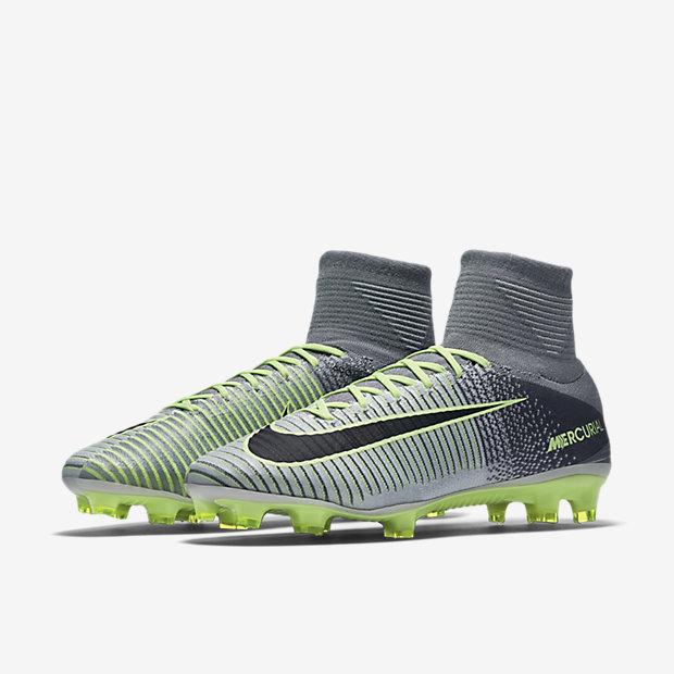 Scarpa da calcio per campi in erba naturale Nike Mercurial Superfly V - Uomo