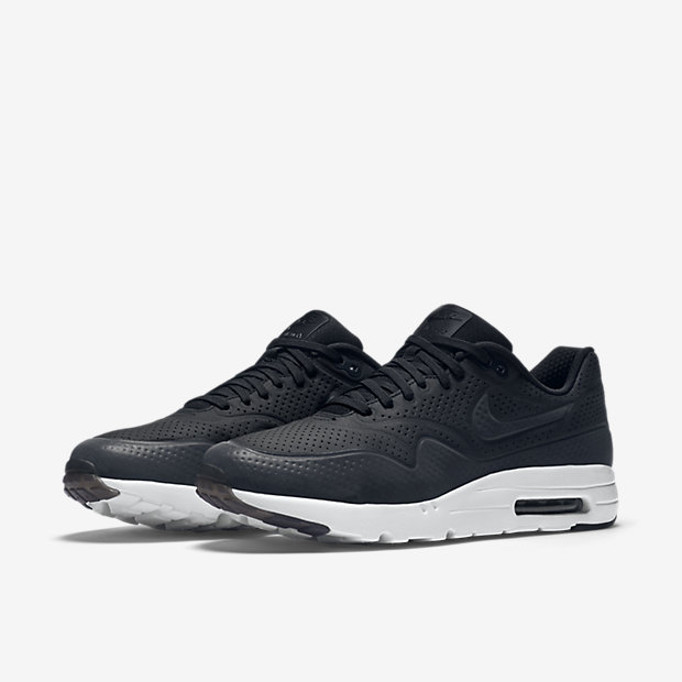 air max one moire