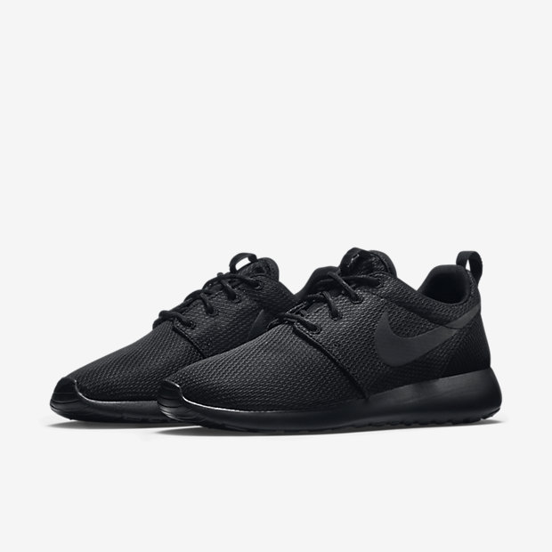 nike rare dunks chaussures - all black nike roshe run women