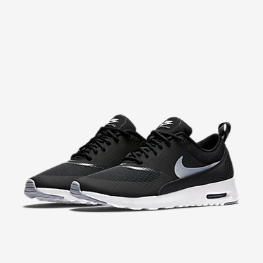 nike black air maxes