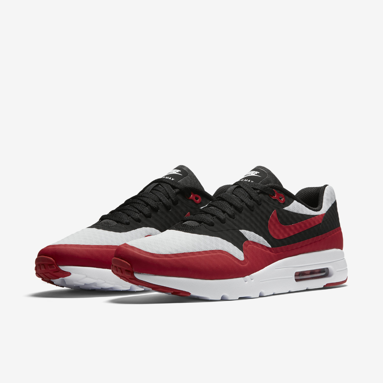 Nike Air Max 1 Black Essential