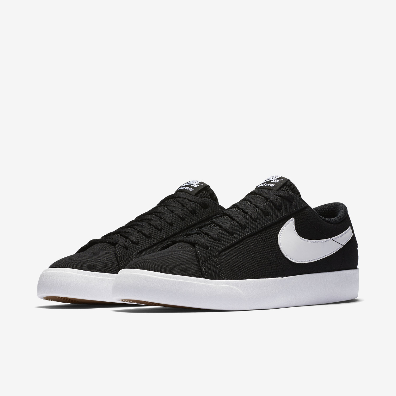 Chaussure de skateboard Nike SB Blazer Vapor Textile pour Homme. FR