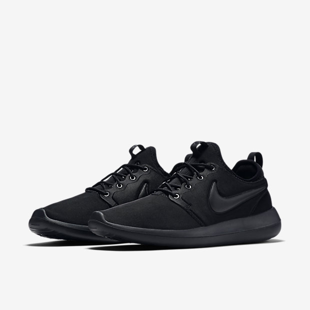 Nike Roshe Two Flyknit Black The Darkside Initiative
