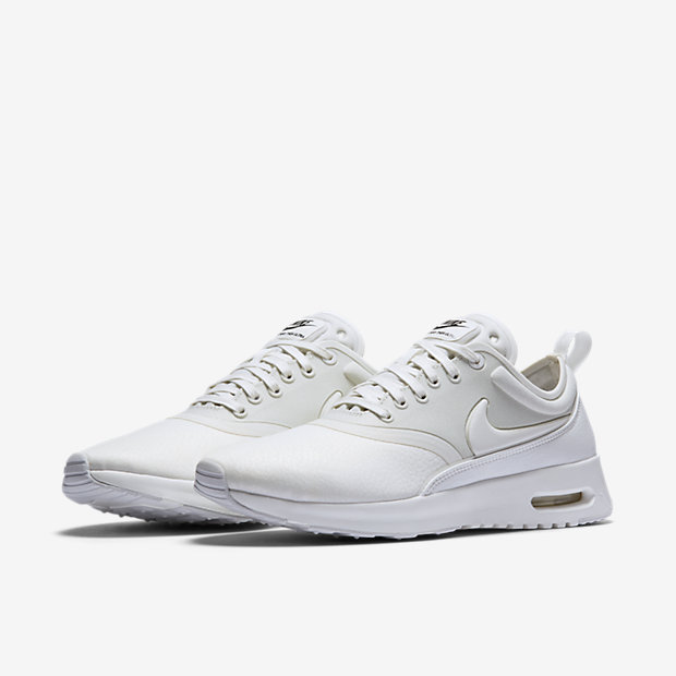 Nike Air Max Thea Women's Running Shoes Light Bone Six:02