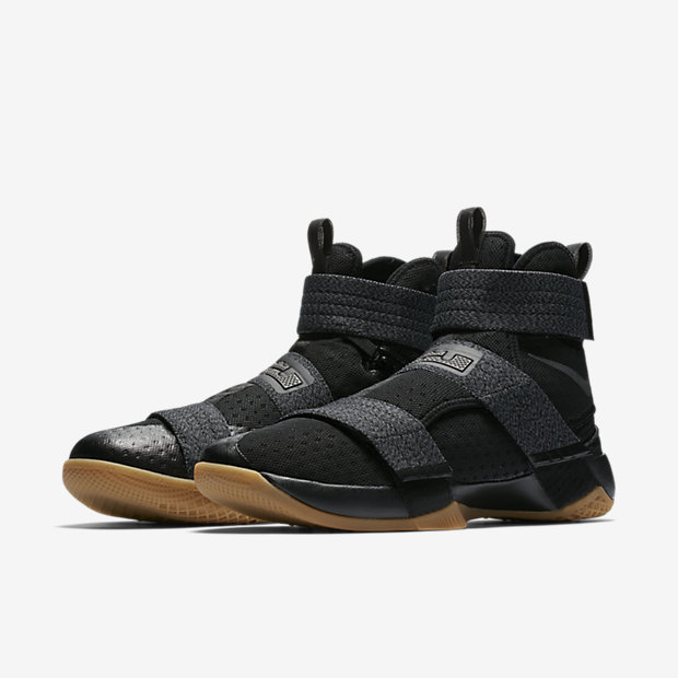 newest 349e4 385b3 ... Size 11.5 Finals Game 7 Championship MVP PE Nike LeBron Soldier 10  FlyEase Men s Basketball Shoe.