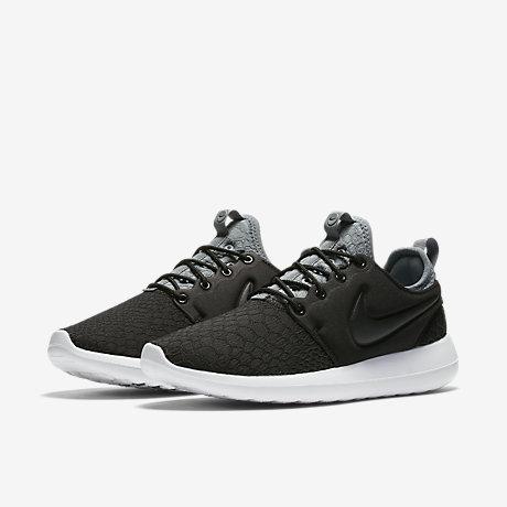Nike Roshe Two Flyknit Release Date. Nike (IL)