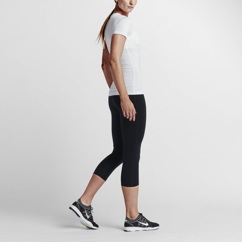 Nike Pro Women's 21.5