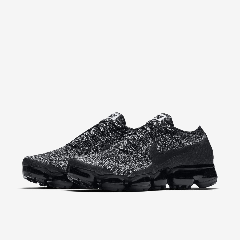 hot sale online 157fa 77d1f Nike Air VaporMax Flyknit. Women s Running Shoe