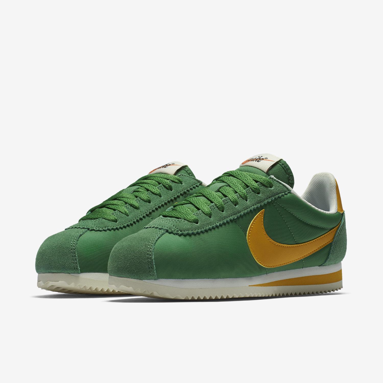 31f42a82a26 Nike Classic Cortez Nylon Premium Women s Shoe. Nike.com MY